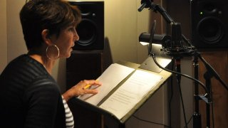 Award Award winning actress Mercedes Ruehl recording narration