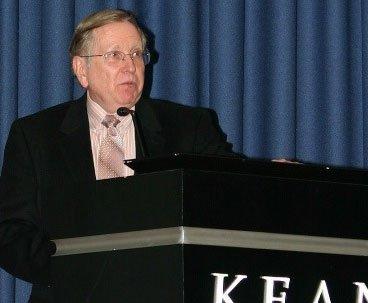 Kean University host Dr. Hank Kaplowitz